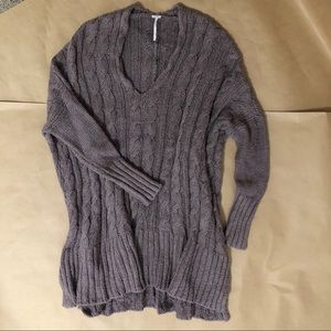 Free People | Style:Easy Cable V Neck Sweater